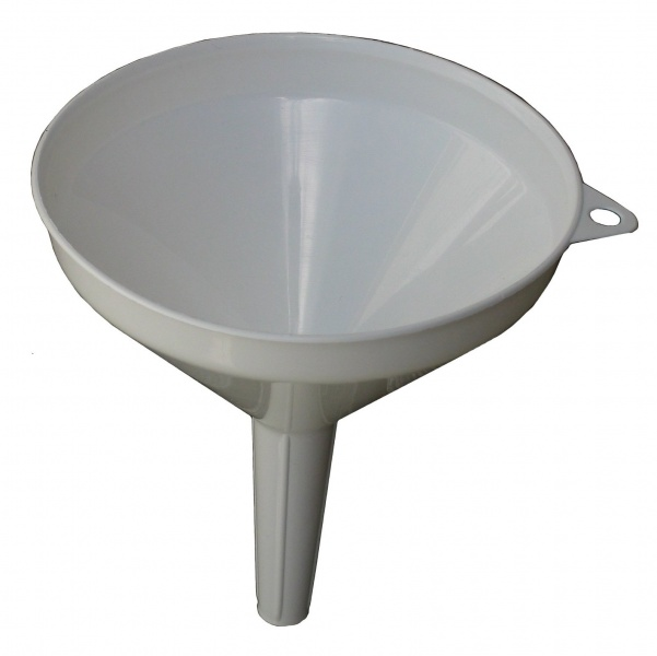Item-Entonnoir 601px-Kitchen Funnel.jpg