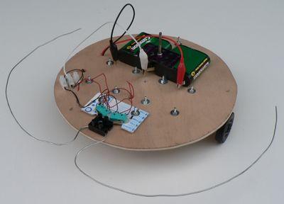 Robot_lectro-mecanique_P1000897_.JPG