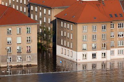 D_fi_-_l_eau_monte___flood-1370552939jbl-inondation_RepTcheque-DomainePublic.jpg